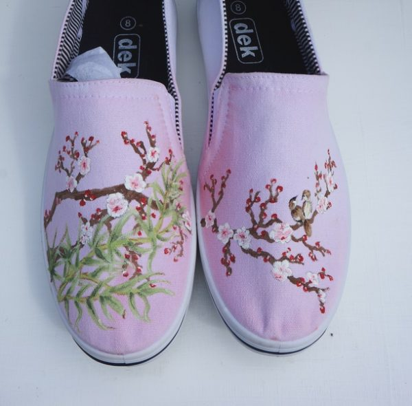 toms style shoe with a chinese style cherry blossom and bird design